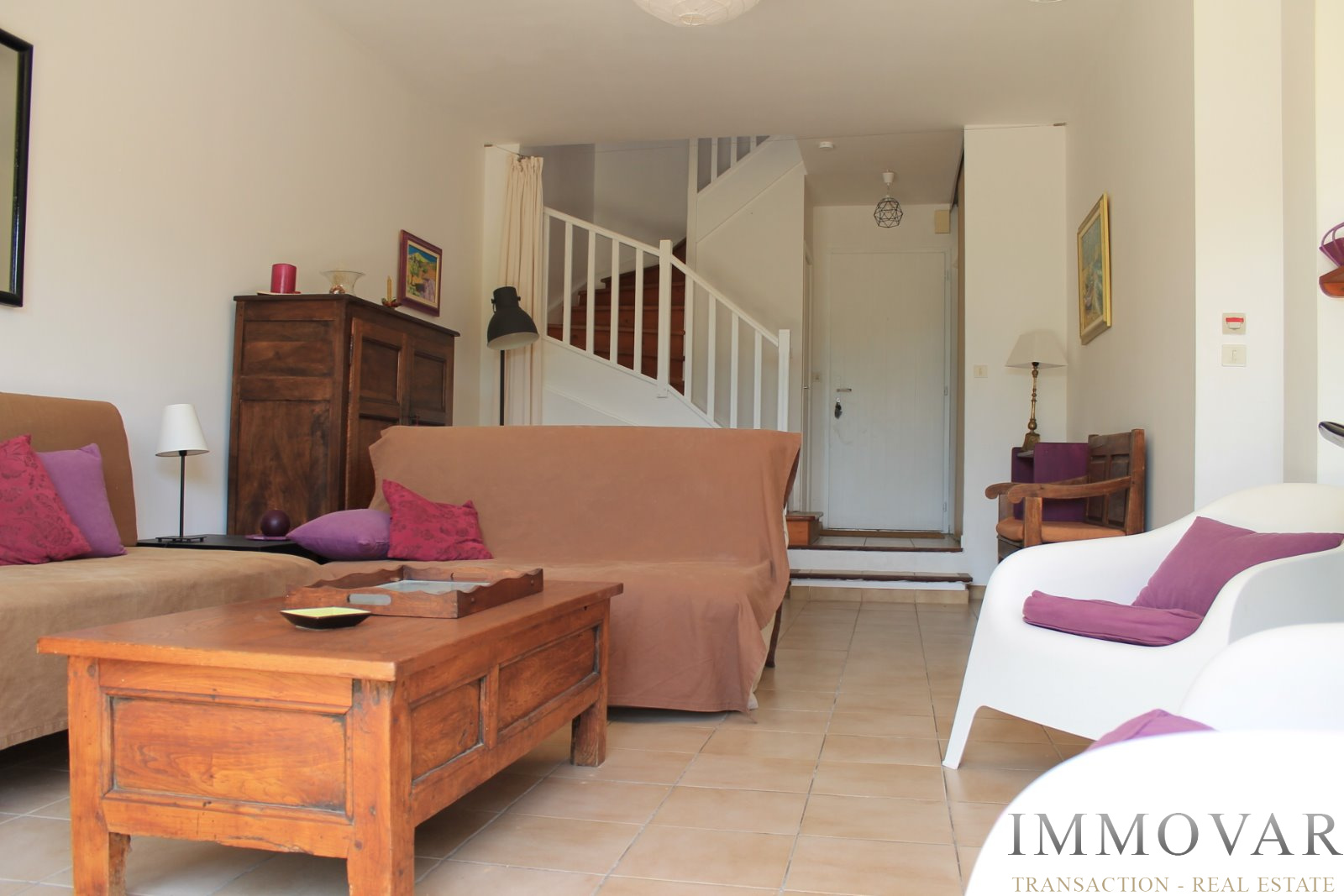 vente maisons villass et villas st cyr bandol la cadi re d 39 azur et environ. Black Bedroom Furniture Sets. Home Design Ideas